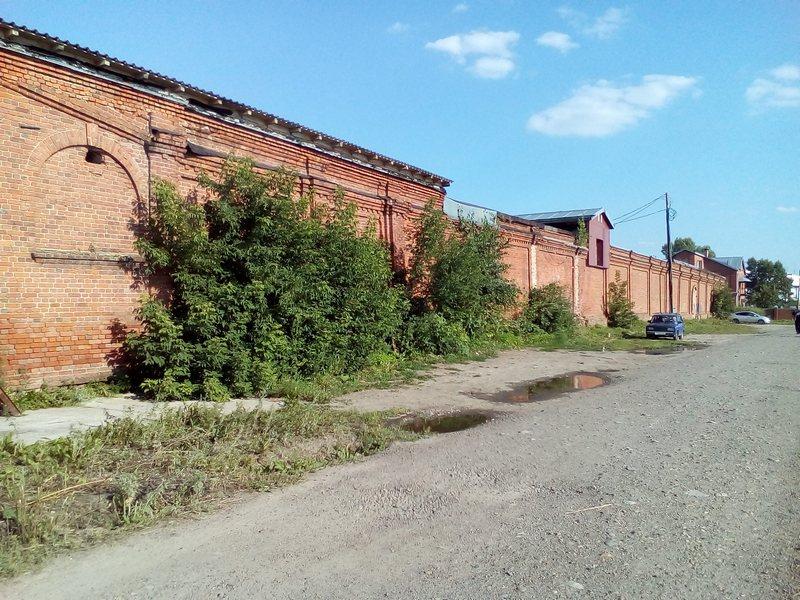 Особняк нарымского рыботорговца купца Родюкова, где размещалась спецтюрьма в 1941-1942 (вид со стороны Набережной р. Томи).