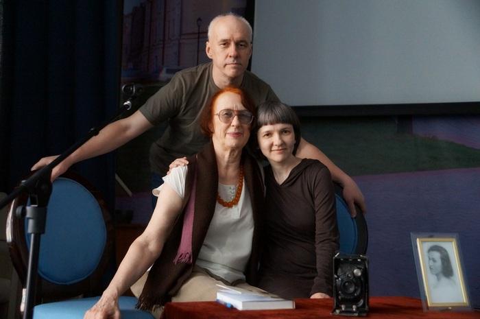 Марта Алексеева с Евгением и Ольгой Нечаевыми. Фото Г. Кан