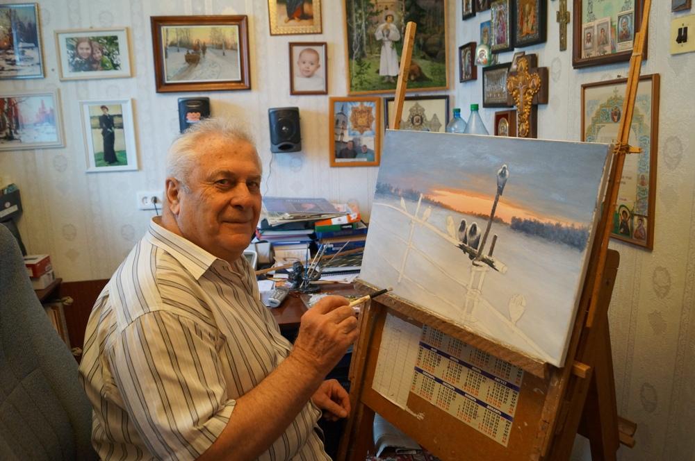 Григорий Тригорлов за работой над картиной. 2014 г. Фото Г. Кан.