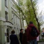 У входа в здание бывшего Томского ломбарда. 31 мая 2018