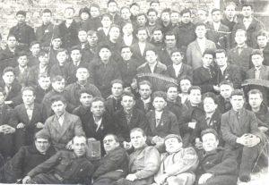 Призывники 1-й добровольческой дивизии сибиряков. г. Киселевск. Июль 1941 г. ГКУ ГАК. Ф. Р-1483. Оп. 2. Д. 1. Л. 1.