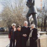 Поездка в Омск. …., Е.Ш. Сафиулина, Ю.В. Петров, Э.Л. Львова. 2009 г.