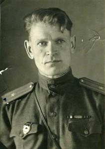 Фотопортрет Д. В. Моравецкого. 1946 г. \\ ЦДНИ ТО. Ф. 5877. Оп. 2. Д. 3.