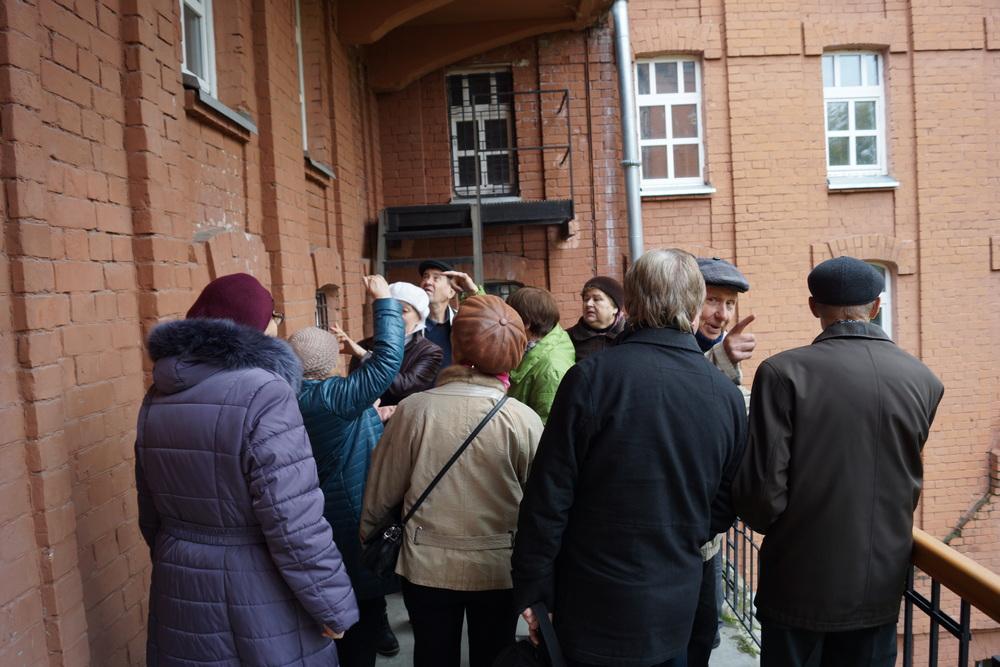 Пушкинское историческое общество на экскурсии по зданию бывшего городского ломбарда. 27 сентября 2017.